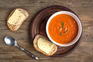 tomato soup and bread